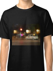 Defocused silhouette of the car and traffic lights Classic T-Shirt