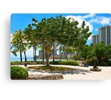 Waikiki Beach, Honolulu Oahu - HAWAII Canvas Print