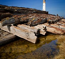Branes Ness Lighthouse by KWTImages