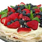 Berry Pavlova by LifeisDelicious