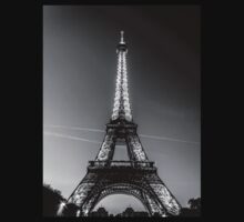 Eiffel Tower and sunset (Black and White) Kids Clothes