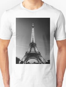 Eiffel Tower and sunset (Black and White) T-Shirt
