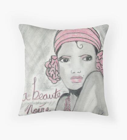 la beaute noire  Throw Pillow