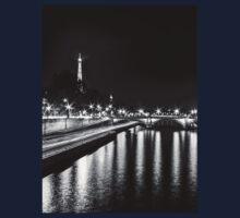 Eiffel Tower overview - panorama (Black & White) Kids Tee