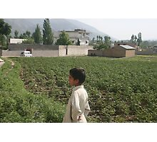 Pakistan- An Afghan boy  view the house of former al-Qaida leader Osama bin Laden Photographic Print