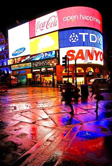 Rain Colors of London Piccadilly Circus by DavidGutierrez