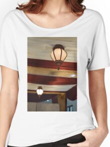 the lamp Women's Relaxed Fit T-Shirt