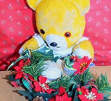 Fred makes a table decoration by missmoneypenny