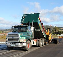 Rockit Tasmania - Ford L9000 at Work by PaulWJewell