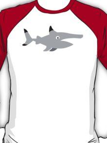 Simple maki shark  T-Shirt