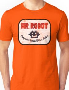 Mr Robot - Computer Repair With A Smile Unisex T-Shirt