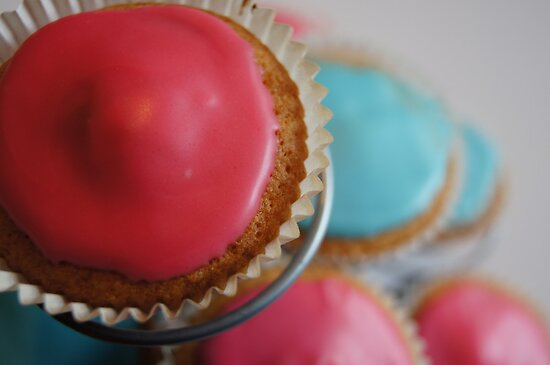 world of cakes by Demelza Snell