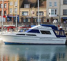 Yacht on the Dover Riviera by HelenVidler