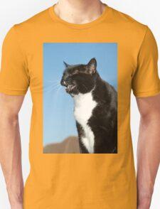 Sneezing black and white cat T-Shirt