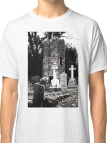 Aghavillier cemetry and round tower Classic T-Shirt
