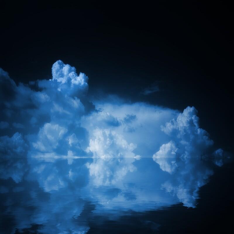 Las nubes azules de Philippe Sainte-Laudy