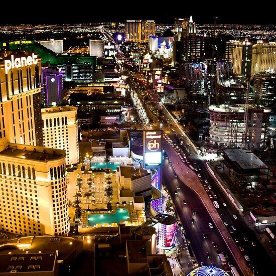 pictures of las vegas strip at night. Las Vegas strip by night