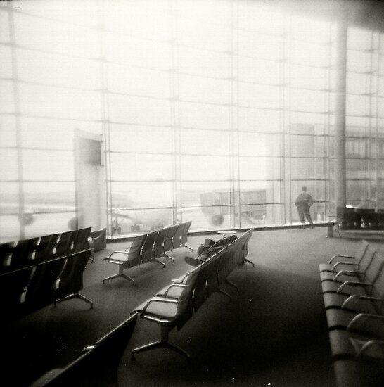 Toy Camera: Airport, Paris by cykuck