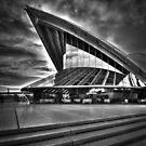Sydney Opera House by Julian Fulton-Boote