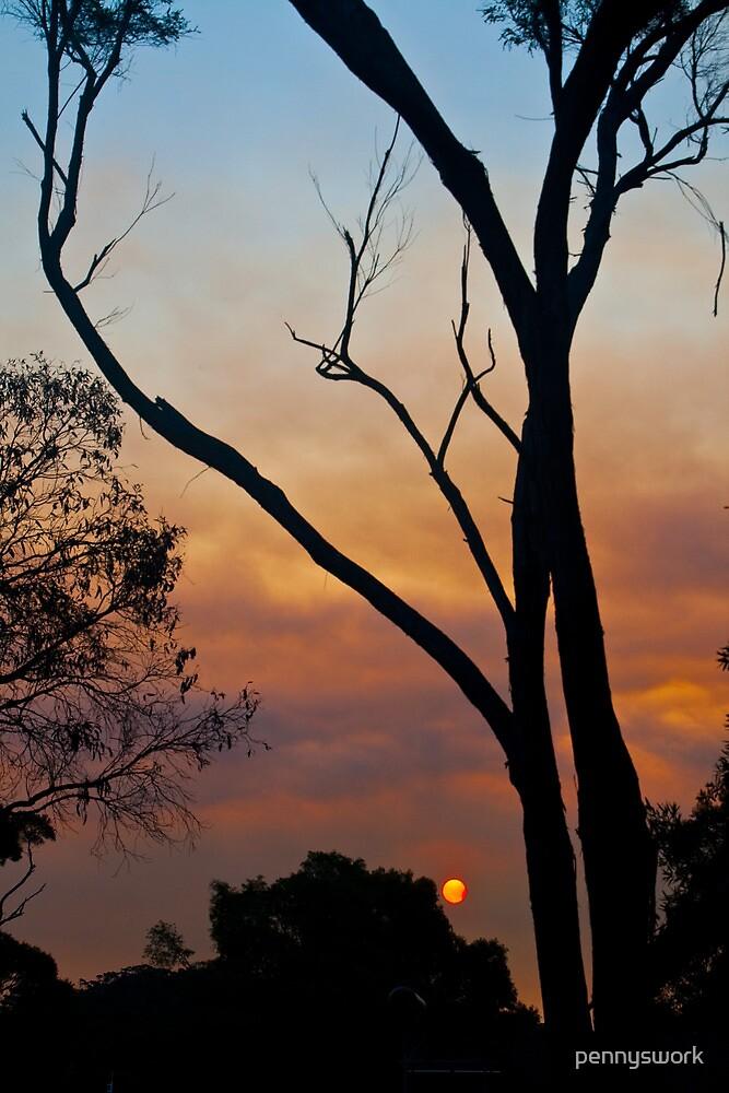 Fire Sun by pennyswork