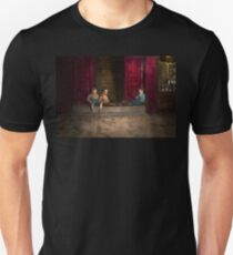 Kids - Boston MA - Jest hanging around 1909 T-Shirt