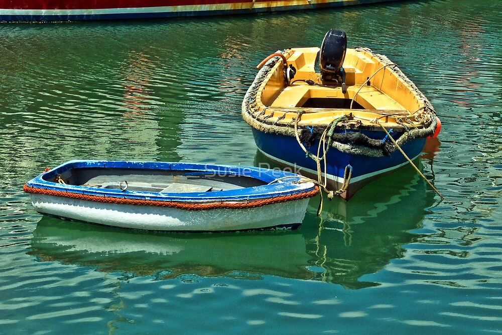 Bow To Bow ~ Lyme Regis by Susie Peek