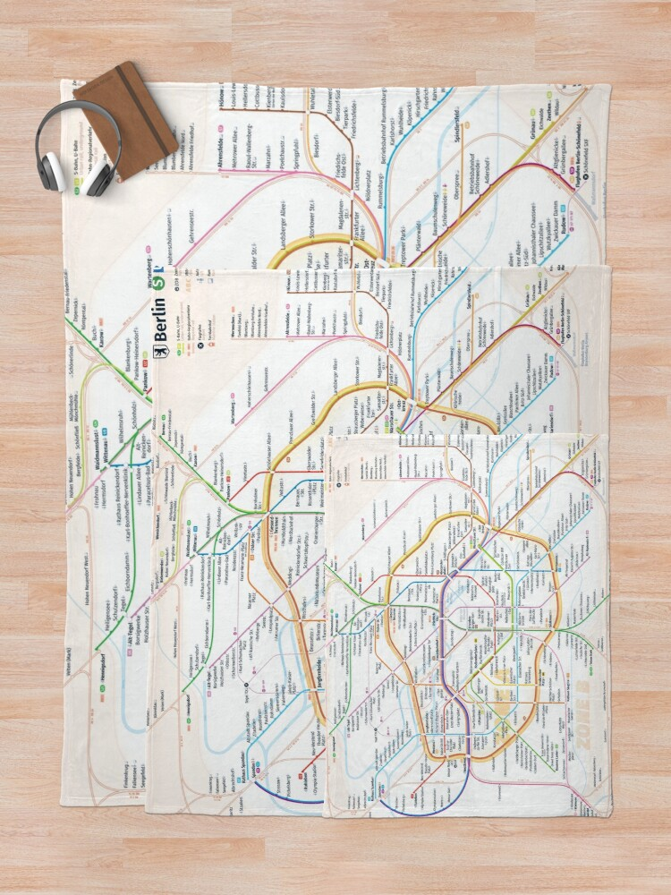 Alternate view of New Berlin rapid transit route map (December 15, 2019) Throw Blanket