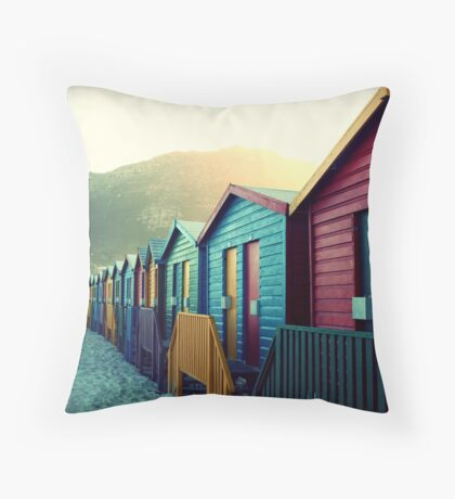 melodies of a weary soul Throw Pillow