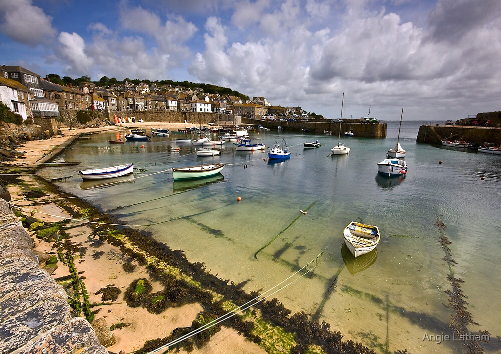 Cornwall : Mousehole harbour by Angie Latham