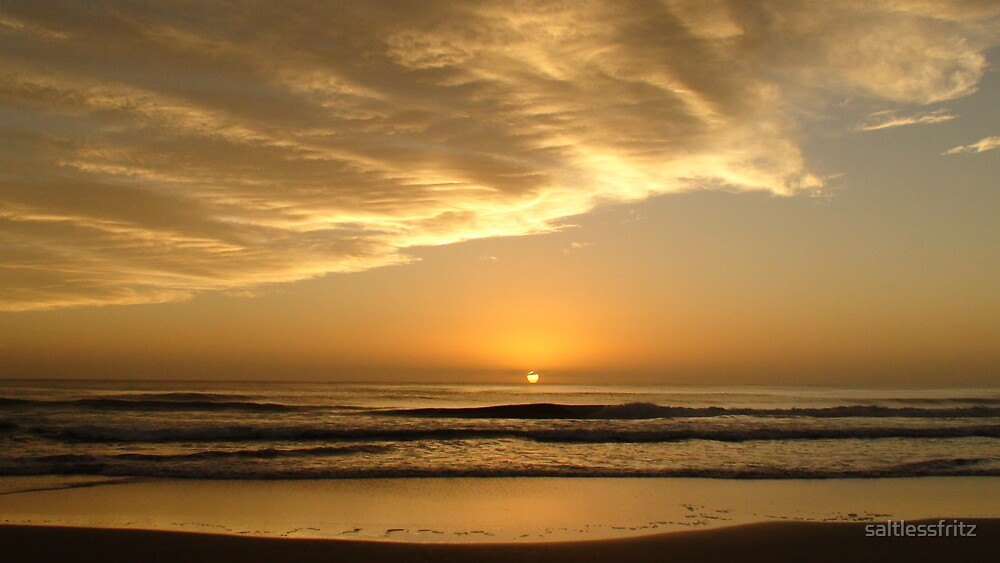 Sunrise - Valla Beach NSW by saltlessfritz
