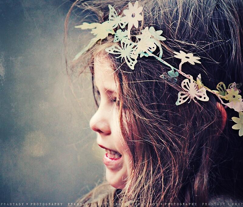 girl by fRantasy