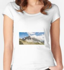 Mountain Women's Fitted Scoop T-Shirt