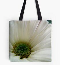 DAISY - Macro ^ Tote Bag