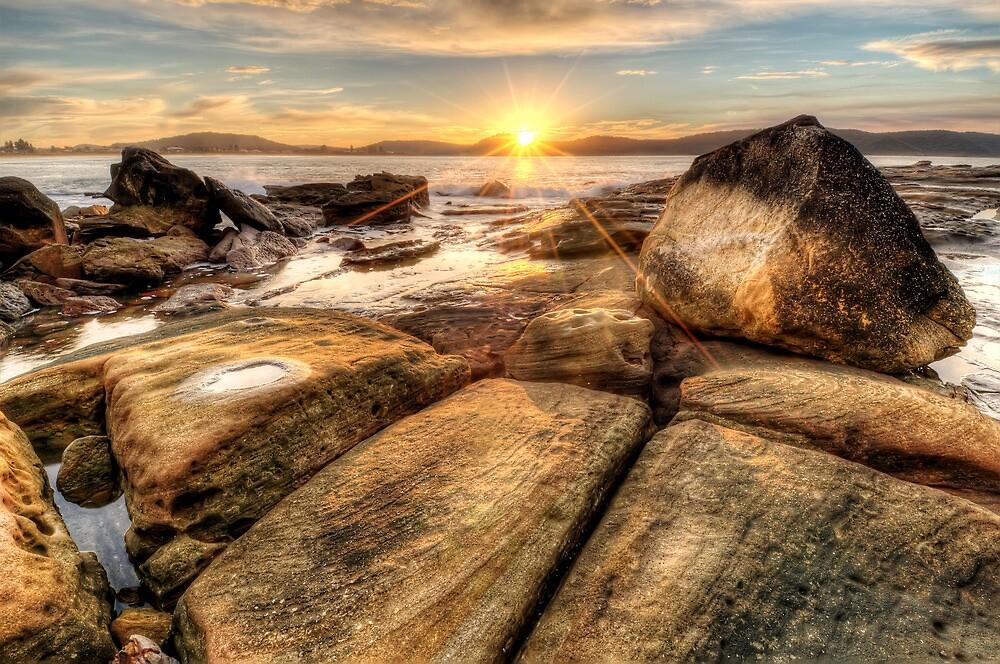 Umina Sunrise Sunrays by Jason Ruth