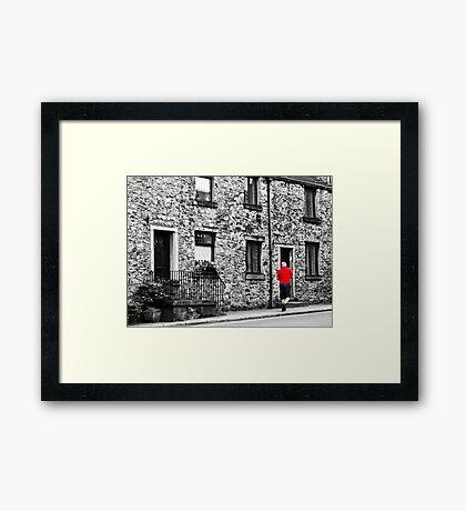 Il postino: the postman Framed Print