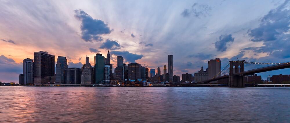 Manhattan by mindrelic