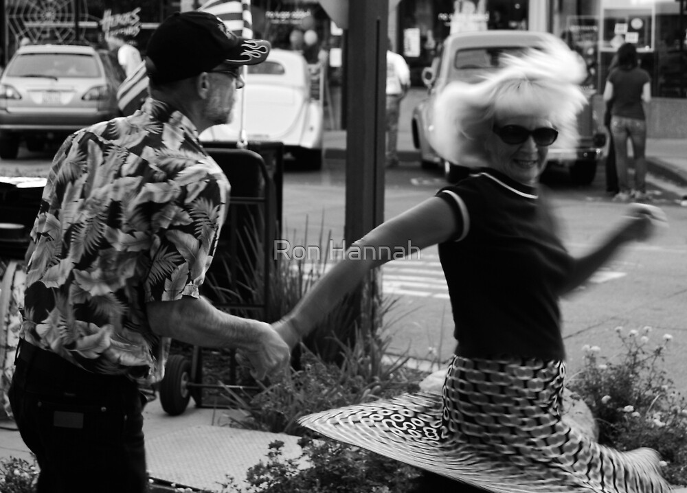 Dancing In The Street by Ron Hannah