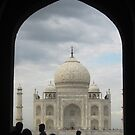 first glimse of Taj Mahal by paulinea