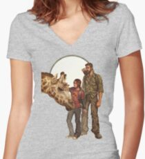 The Last of Us - Giraffe Women's Fitted V-Neck T-Shirt