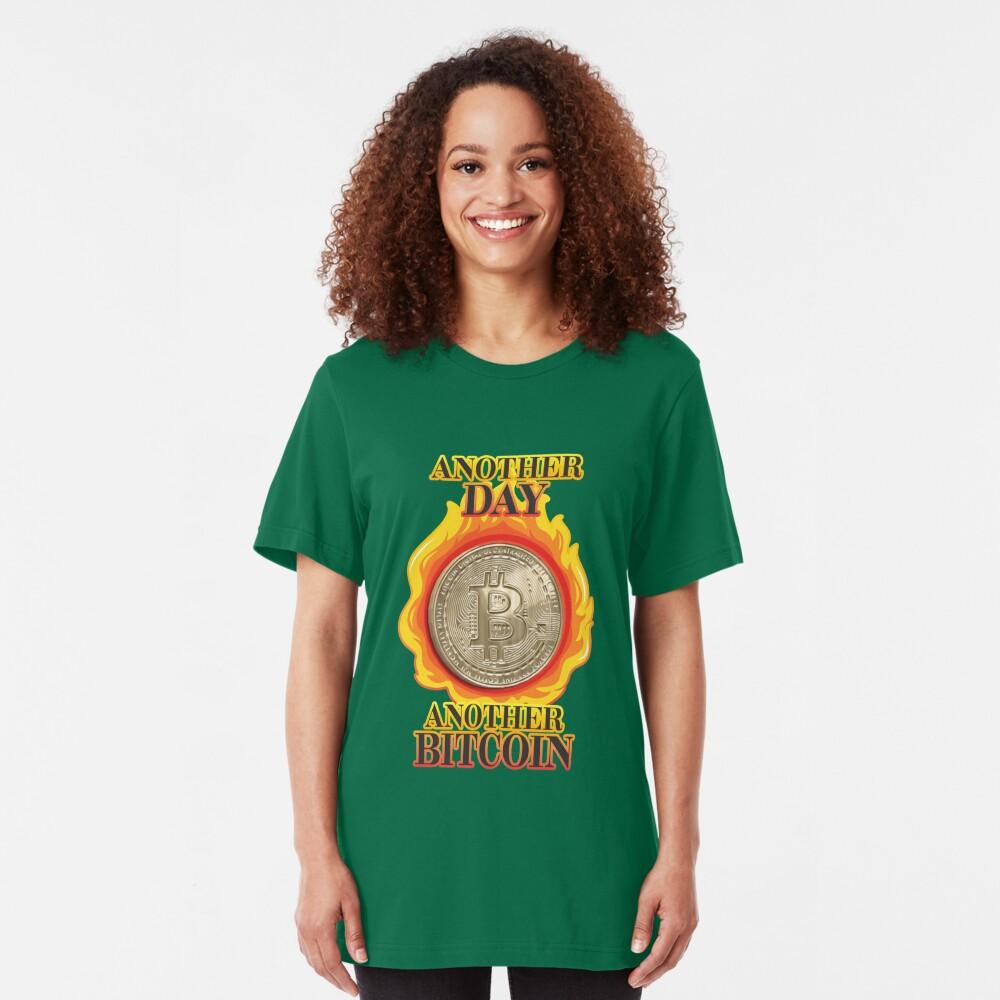 Bitcoin Investor. Slim Fit T-Shirt
