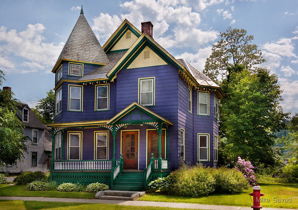 House - Victorian - Waterbury,VT - There lived an old lady who lived in a house by Michael Savad