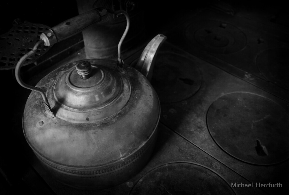 Kettle in Black & White by Michael  Herrfurth