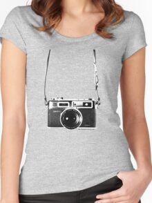 Vintage 35mm Rangefinder Camera Yashica Electro 35 GSN Women's Fitted Scoop T-Shirt