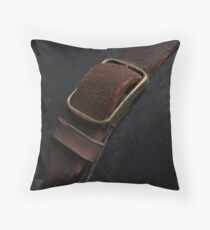 SS1 buckle macro Throw Pillow