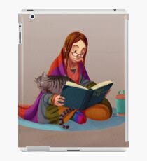 The reader V2 iPad Case/Skin