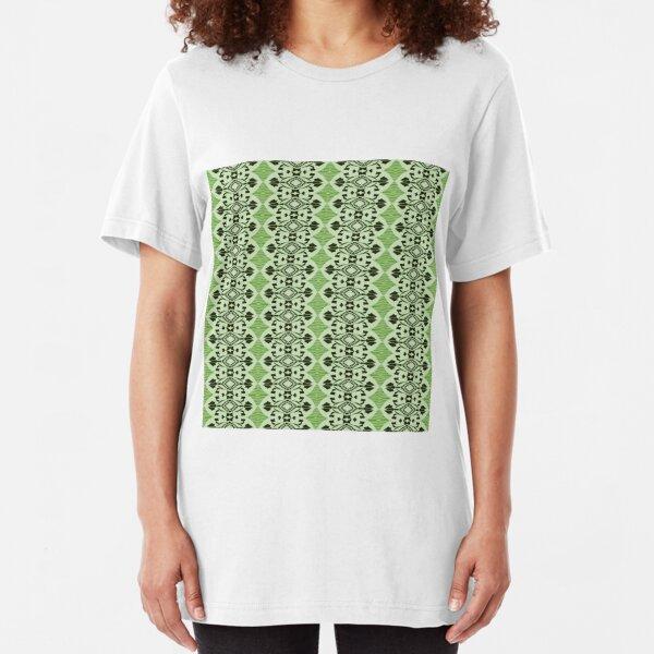Go Boho.(6) Slim Fit T-Shirt