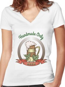 Beer Mug in Vintage Style Women's Fitted V-Neck T-Shirt