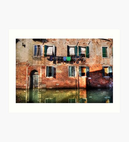 Venice washing #1 Art Print