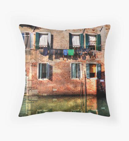 Venice washing #1 Throw Pillow