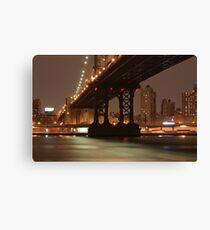 Lienzo Manhattan Bridge at night